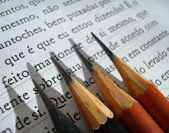 Comunicação Escrita e Revisão Gramatical