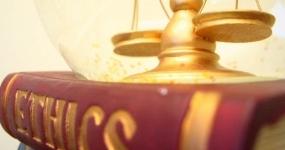 INTRODUÇÃO À LEGISLAÇÃO E ÉTICA PROFISSIONAL NO DIREITO