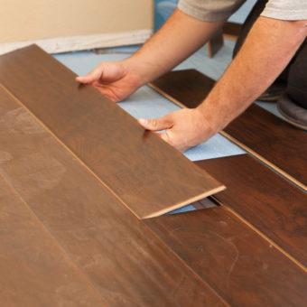 instalacao-de-piso-laminado-e-de-madeira